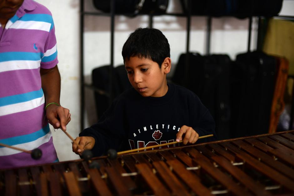 Uno de los objetivos del programa es que se reproduzca en varias escuelas nacionales en las que aún no se imparte una clase de música. (Foto: Esteban Biba/Soy502)