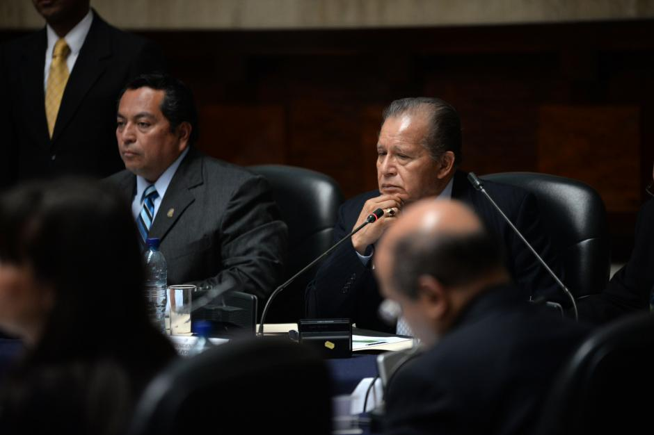 Los comisionados realizaron varias preguntas sobre el desempeño de Paz y Paz los últimos 3 años en el MP. (Foto: Esteban Biba/Soy502)