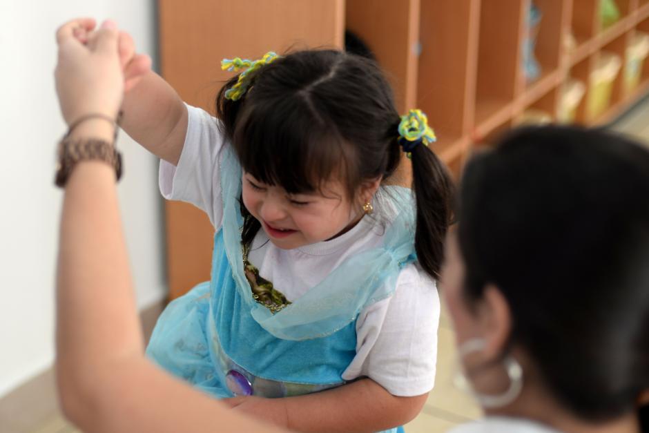El amor y la estimulación positiva son vitales para los niños y niñas con Down. (Foto: Esteban Biba/Soy502)