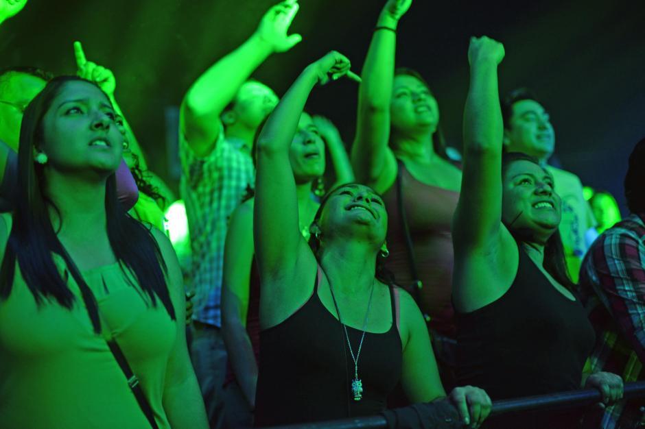 El público guatemalteco gozo del Cumbia Fest. (Foto: Esteban Biba/Soy502)