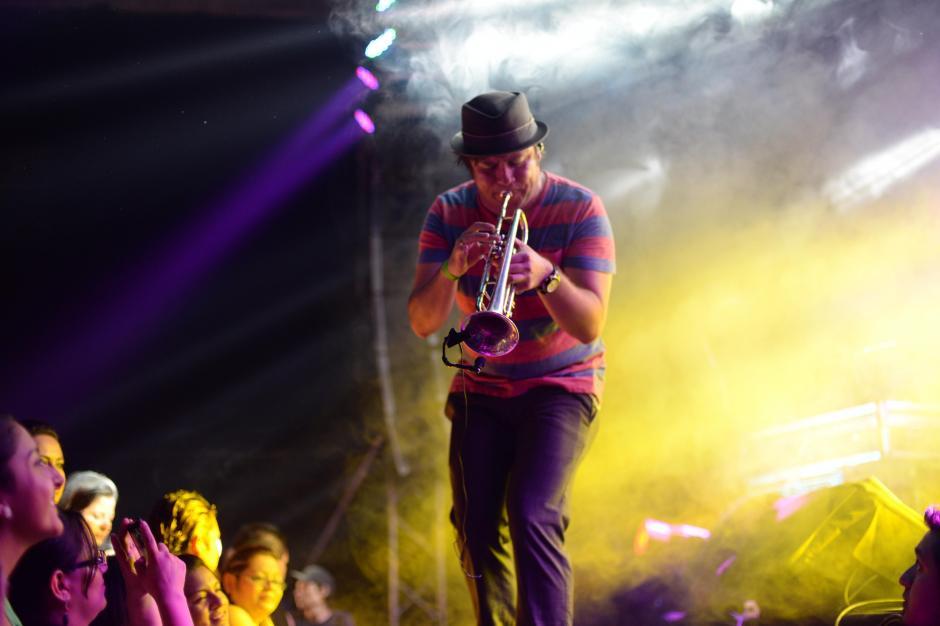 El teatro Variedades se llenó de fiesta y ritmo en un inolvidable Cumbia Fest. (Foto: Esteban Biba/Soy502)
