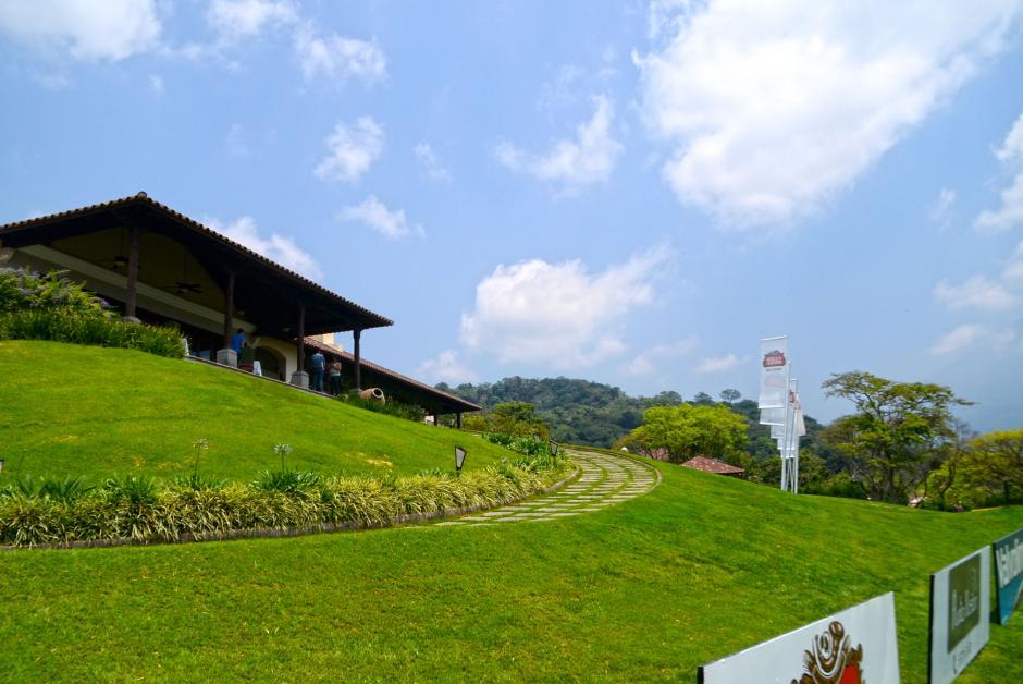 La Reunión Golf Resort cuenta con un hotel cinco estrellas rodeado del impresionante campo de golf. (Foto: Esteban Biba/Soy502)