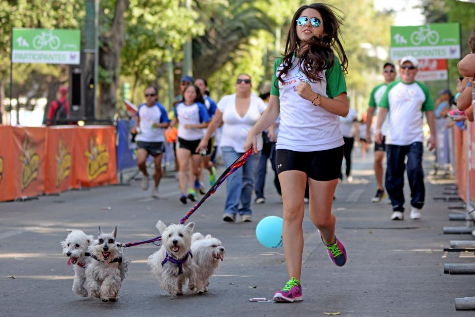 Las mascotas también participaron. (Foto: Esteban Biba/Soy502)