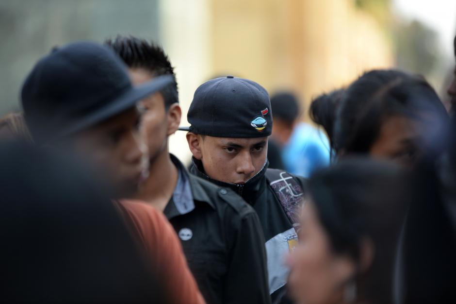 Según asistentes el novio de Karla Daniela (en la foto) asistió al entierro. (Foto: Esteban Biba/Soy502)