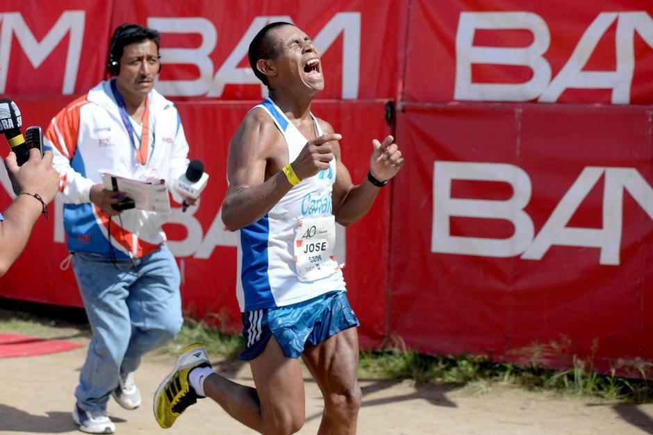 Los mejores atletas de Guatemala compiten en Cobán. (Foto: Soy502)