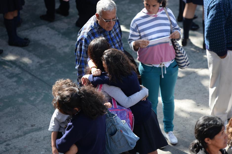 Las compañeras de las alumnas atacadas todavía tienen su recuerdo vivo. (Foto: Esteban Biba/Soy502)