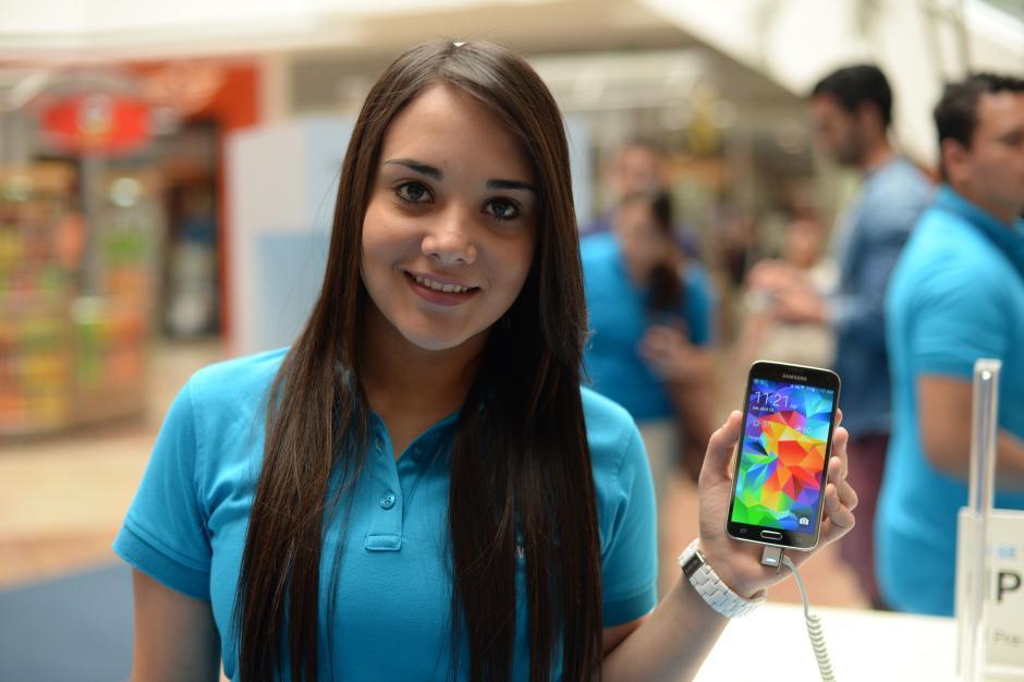 El Galaxy S5 es la nueva apuesta de Samsung para competir en el mercado de Smartphones. (Foto: Esteban Biba/Soy502)