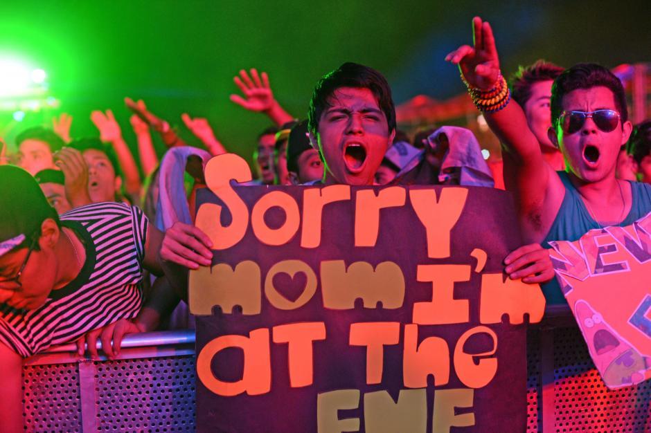 Los asistentes gozaron de principio a fin una fiesta de música y luces. (Foto: Esteban Biba/Soy502)