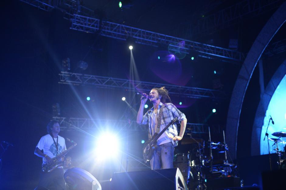 La banda de Reggae Soja antecedió a Calle 13 en el escenario. (Foto: Esteban Biba/Soy502)