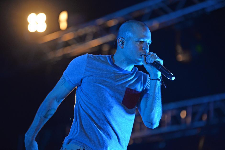 El cantante presentó temas de su nuevo disco Multiviral. (Foto: Esteban Biba/Soy502)