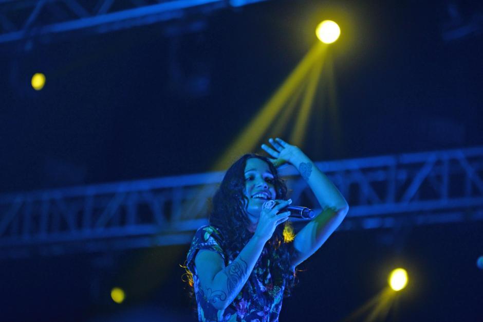 Peje 13, hermana de René, es la corista de la agrupación. (Foto: Esteban Biba/Soy502)