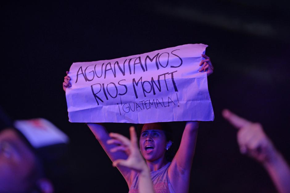 Una de las canciones más coreadas fue El Aguante. (Foto: Esteban Biba/Soy502)