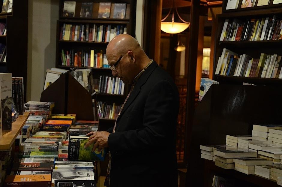 La colección alberga un aproximado de tres mil libros. (Foto: Selene Mejía/Soy502)