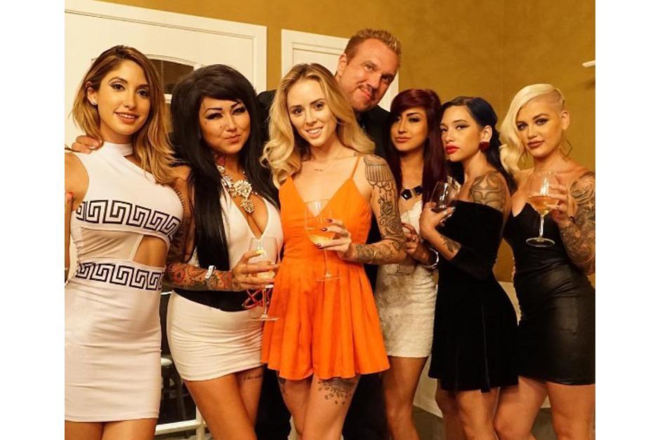 Michael Straumietis se rodea de hermosas mujeres. (Foto: Instagram/marijuanadon)