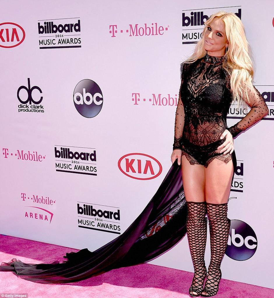 Britney Spears se aseguró que todos los ojos se posaran en ella. (Foto: Getty Images)