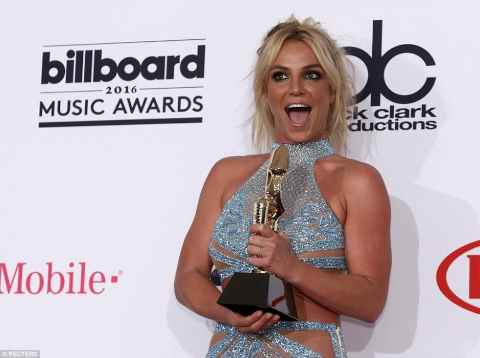 Spears mostró su felicidad.  (Foto: Daily Mail)