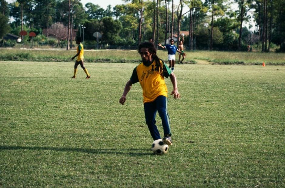 El músico nunca vio a su selección jugar contra las grandes selecciones de fútbol. (Foto: bob-marley.es)