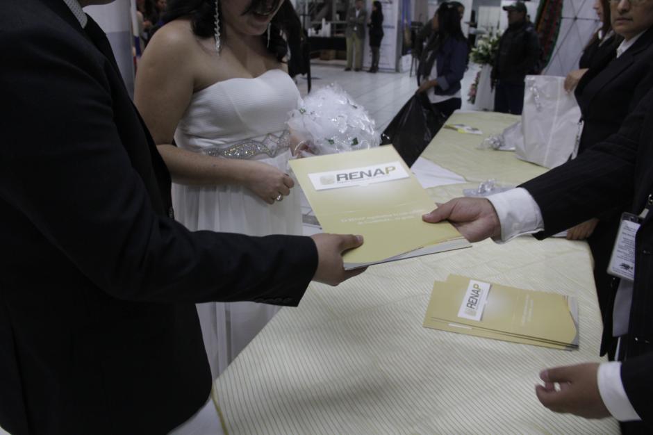 las parejas pudieron celebrar el día del cariño contrayendo matrimonio. (Foto: Javier Lainfiesta/ Soy502)