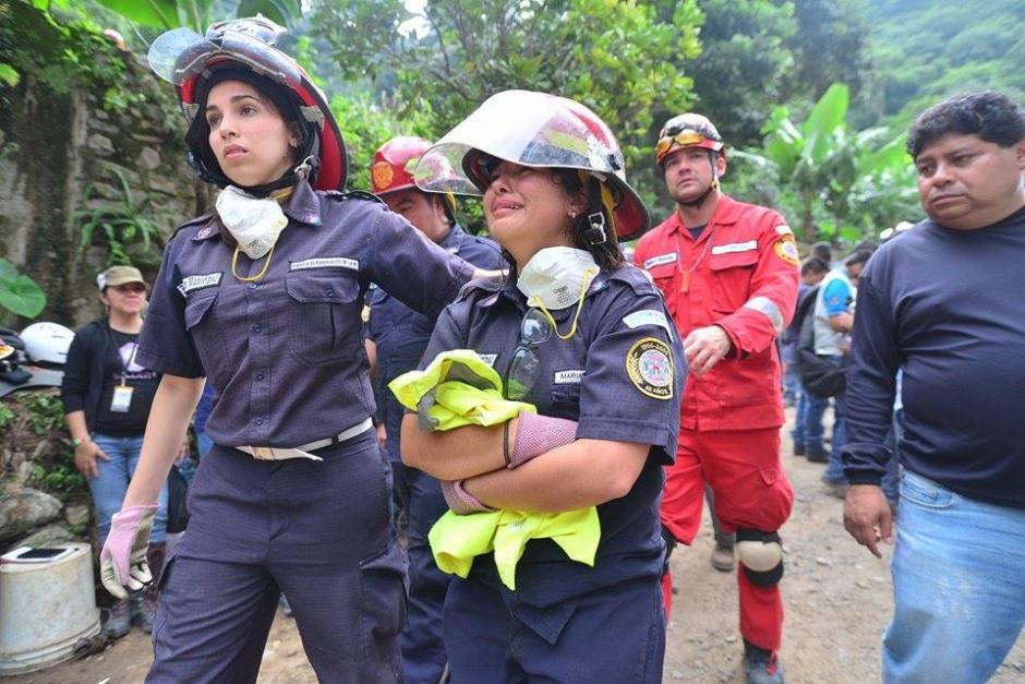 Encontrar el cuerpo de Wendy Pu le partió el corazón a los Bomberos Municipales. (Foto: Wilder López/Soy502)