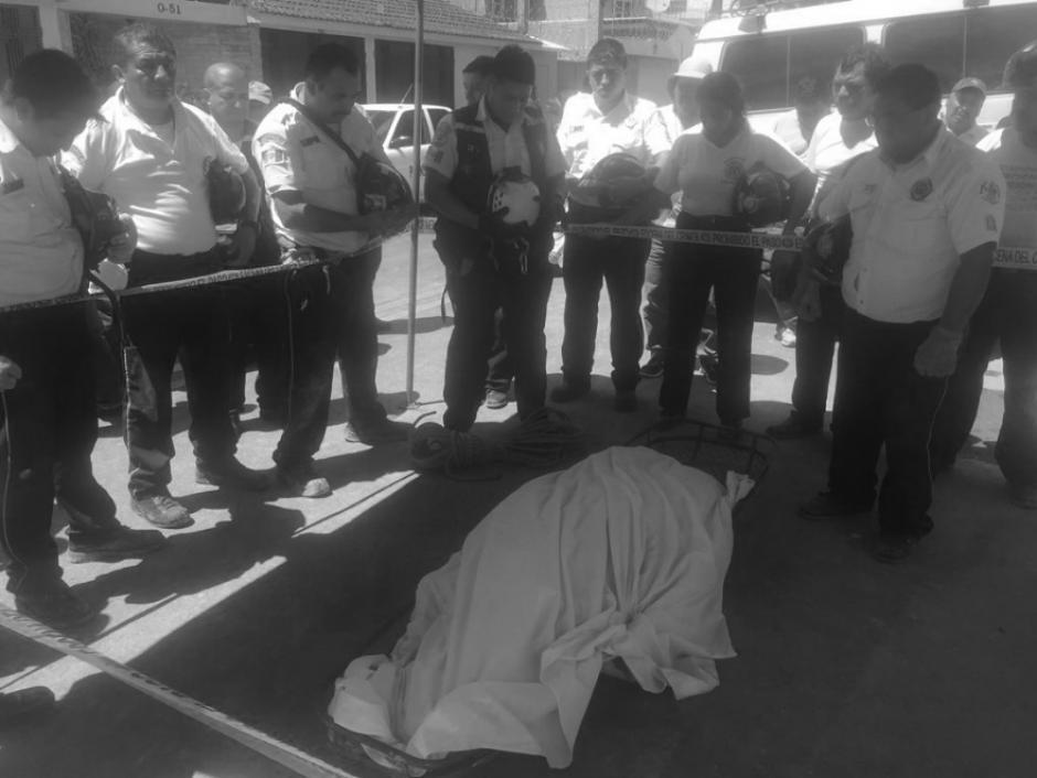 El albañil fue identificado como Juan Hernández Pérez de 54 años. (Foto: Twitter, @BVoluntariosGT)