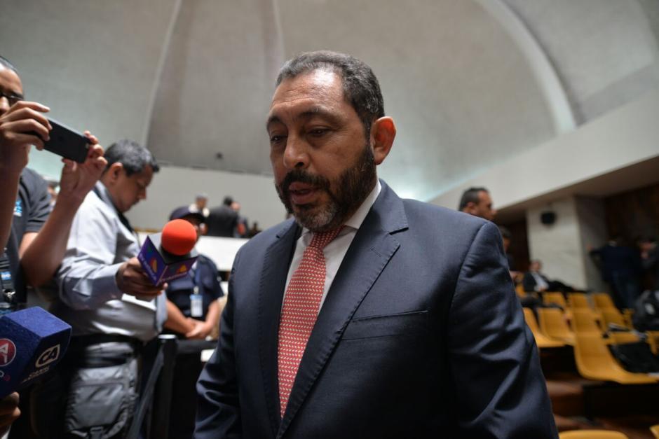El exministro de Gobernación y sindicado en el caso #CooptacióndelEstado, Mauricio López se refirió a la muerte de Byron Lima. (Foto: Wilder López/Soy502)