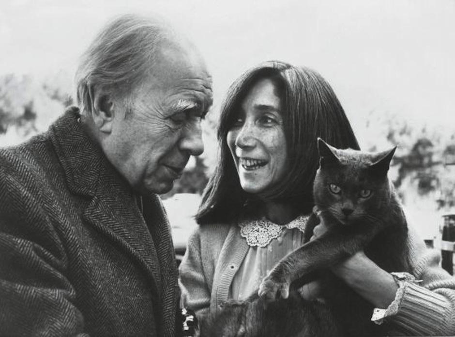 Jorge Luis Borges junto a María Kodama, su esposa en 1970. (Foto: El País)