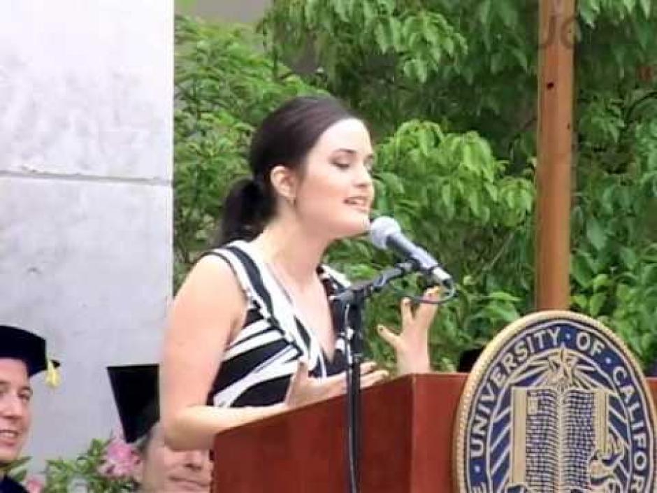 Danica McKellar es graduada de UCLA y está muy ligada al mundo científico. (Foto: EFE)