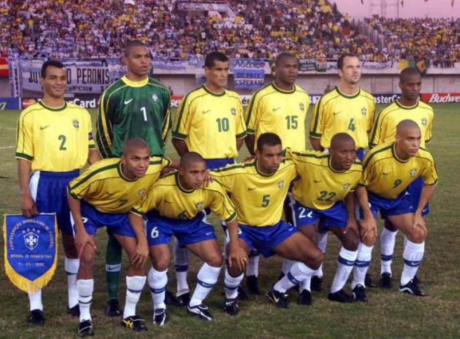 Varias de las estrellas históricas de Brasil formaron parte de la selección en 1999. (Foto: Yahoo)