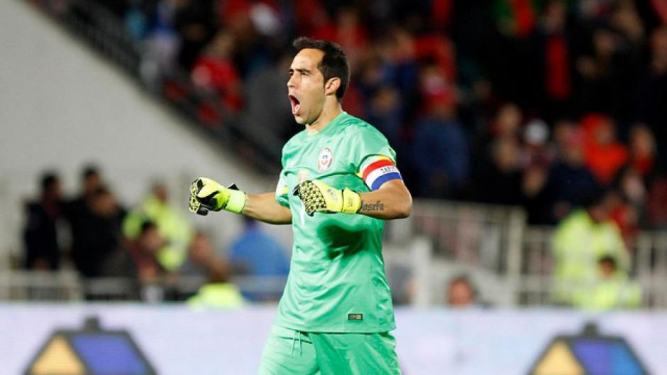 Bravo ha sido portero titular de la selección chilena de fútbol. (Foto: t13.cl)