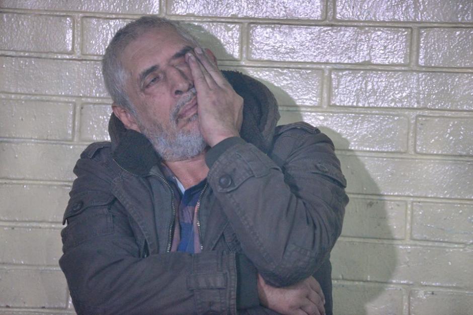 Brayan Jiménez no habla con la prensa y parece estar bajo los efectos del alcohol. (Foto: Wilder López/Soy502)