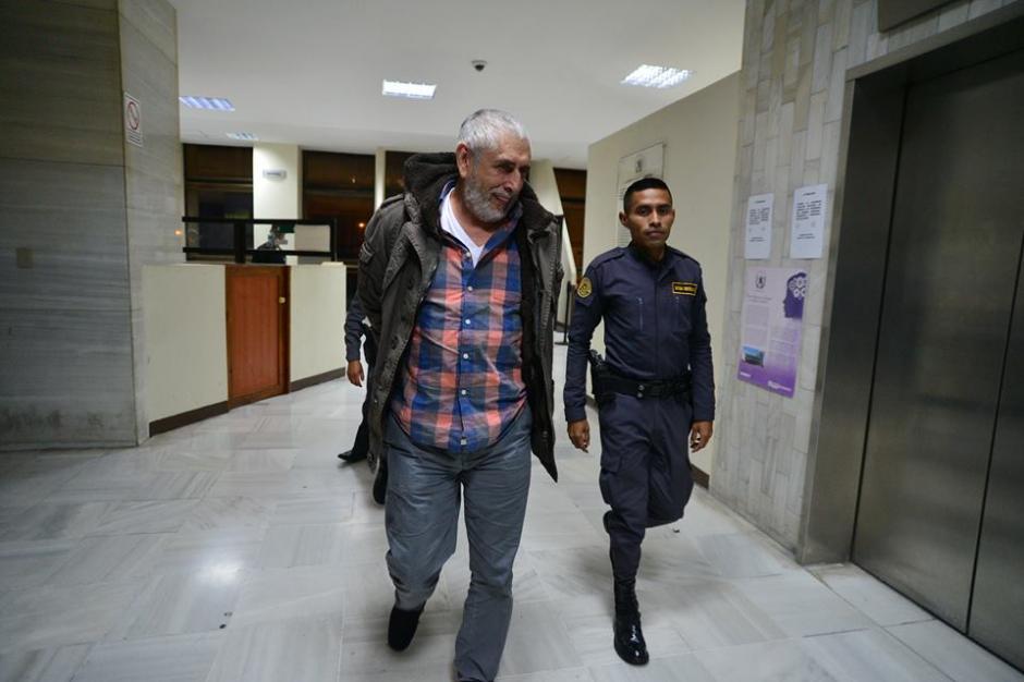 Brayan Jiménez pasará la noche en la base militar Mariscal Zavala a espera de la audiencia del miércoles. (Foto: Wilder López/Soy502)