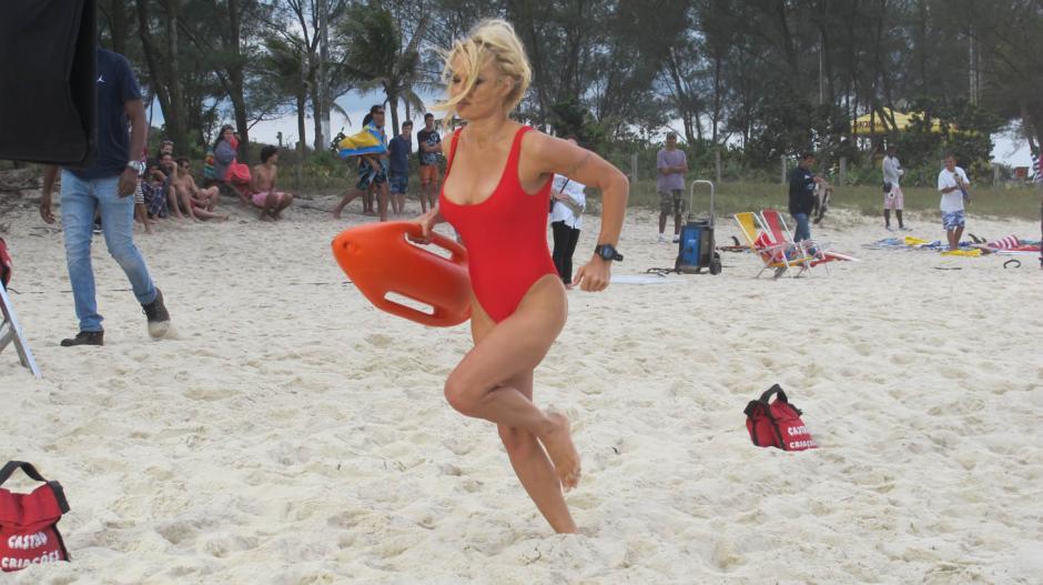 Pamela Anderson está molesta por el remake de la película que la llevó a la fama (Foto: jwt)