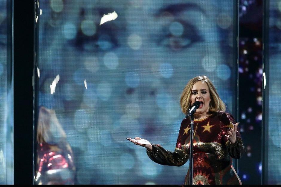 Adel una de las más premiadas de la noche. (Foto: AFP)