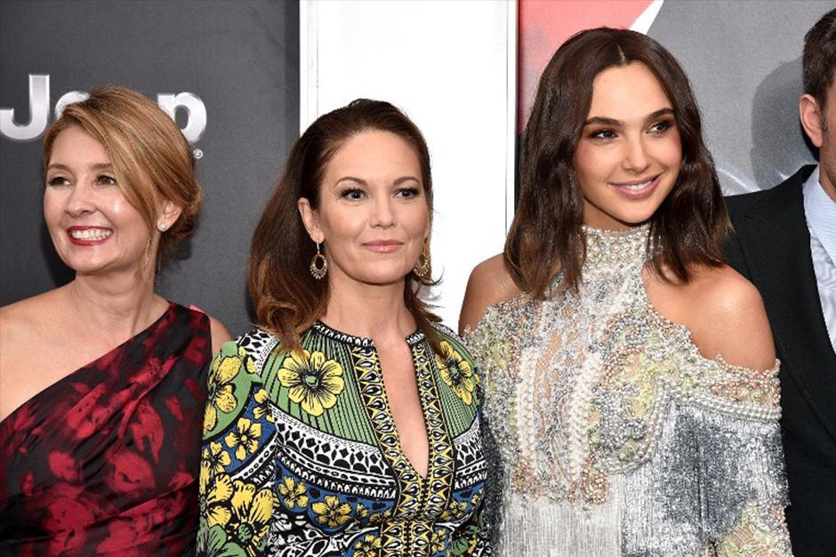 las mujeres de la esperada película Batman Vs. Superma. (Foto: AFP)
