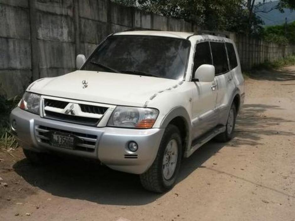 Vista del vehículo del Chef Humberto en el que se conducía cuando fue asesinado. (Foto: Archivo/Soy502)