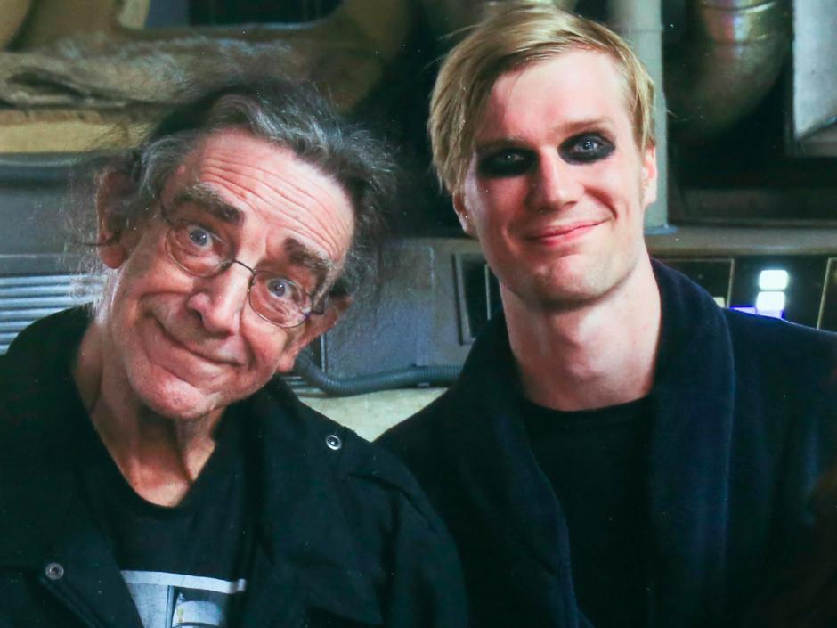 Peter Mayhew y Joonas Suotamo, los actores que dan vida a Chewbacca. (Foto: businessinsider.com)