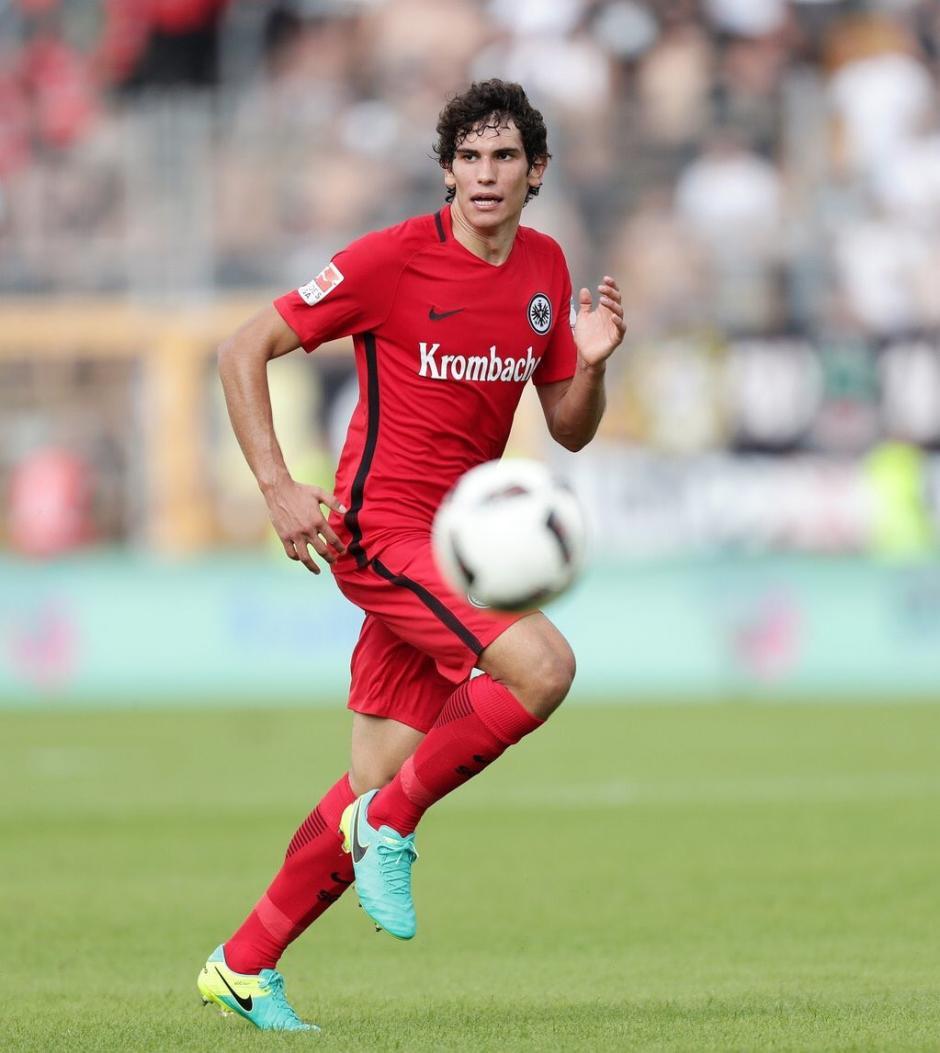 Jesús Vallejo juega en el Eintracht Frankfurt de Alemania. (Foto: Twitter)
