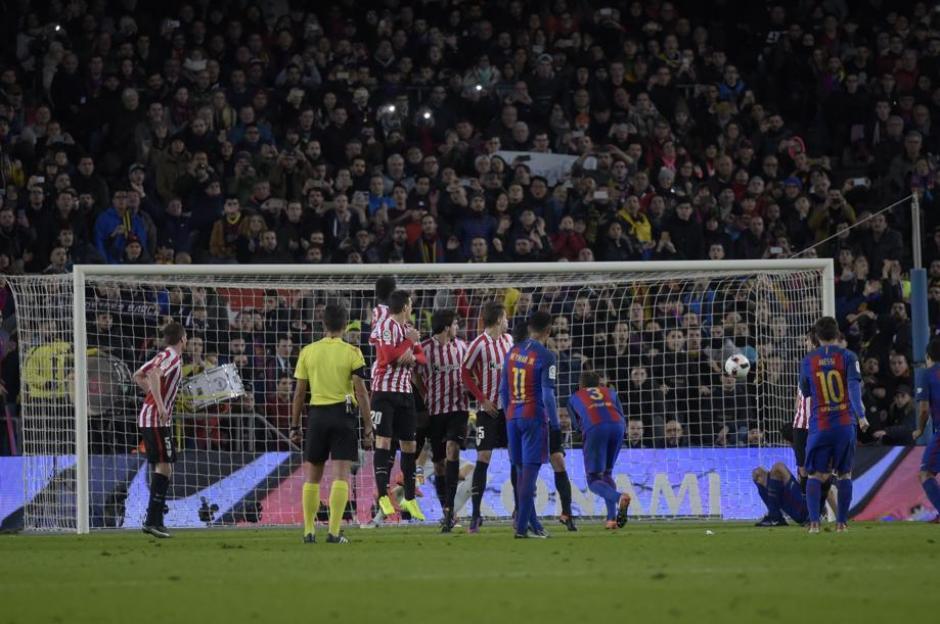 Así fue el golazo de Messi al Bilbao de tiro libre. (Foto: Twitter)