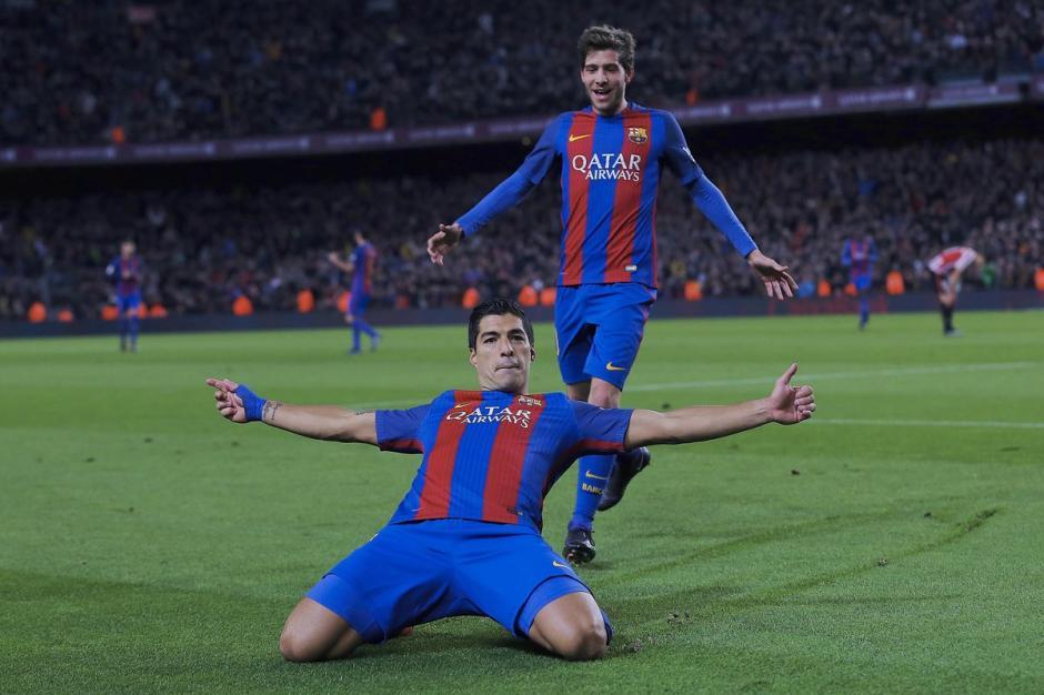 El uruguayo festejó su gol 100 con el FC Barcelona. (Foto: Twitter)