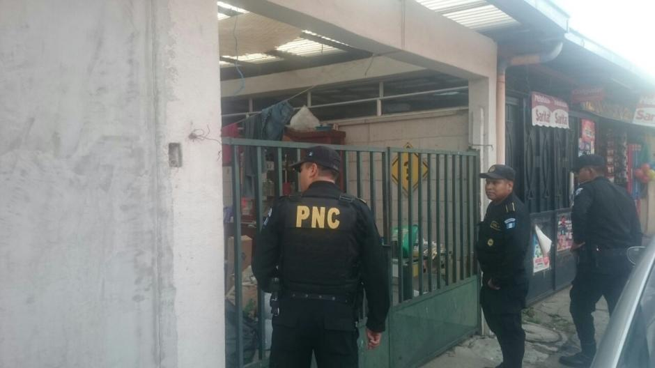 Los allanamientos se realizaron en las zonas 3, 5  de la capital y en Villa Canales. (Foto: PNC)