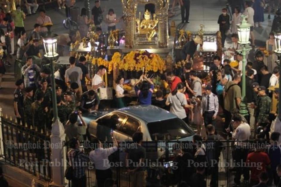 Varios turistas se encontraban en la zona céntrica cuando ocurrió el accidente. (Foto: Panumas Sanguanwong)