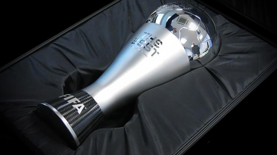 El trofeo fue diseñado por la artista croata Ana Barbic. (Foto: FIFA))