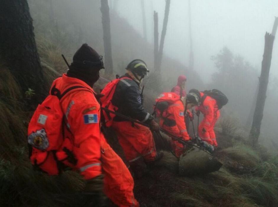 Al menos seis personas fallecieron el fin de semana en el volcán de Acatenango. (Foto: Bomberos Voluntarios)