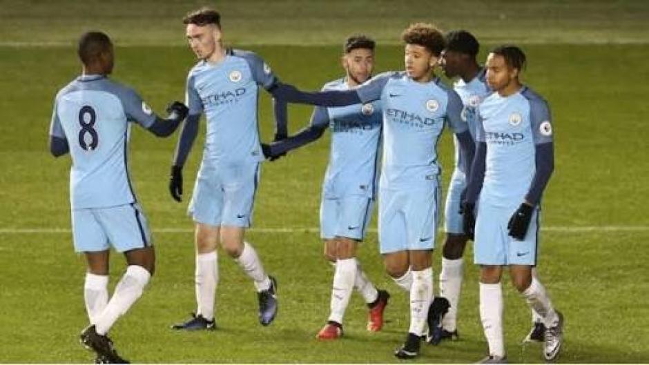 """El Manchester City compra a la nueva """"perla"""" de fútbol inglés. (Foto: Twitter)"""
