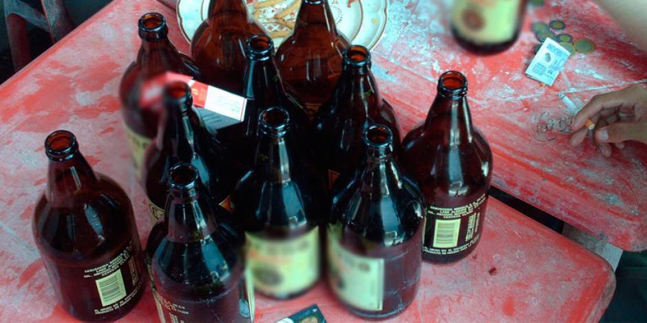 El hombre sufrió una intoxicación alcohólica por beber en exceso. (Foto: elcinco.mx)