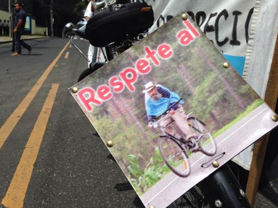 """Los manifestantes de forma pacífica pidieron repeto en la ruta para """"El Caminante"""". (Foto: Fredy Hernández/Soy502)"""