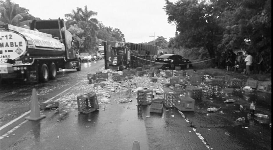Dos muertos dejó el fatal accidente en la ruta al Pacífico. (Foto: Bomberos Voluntarios)