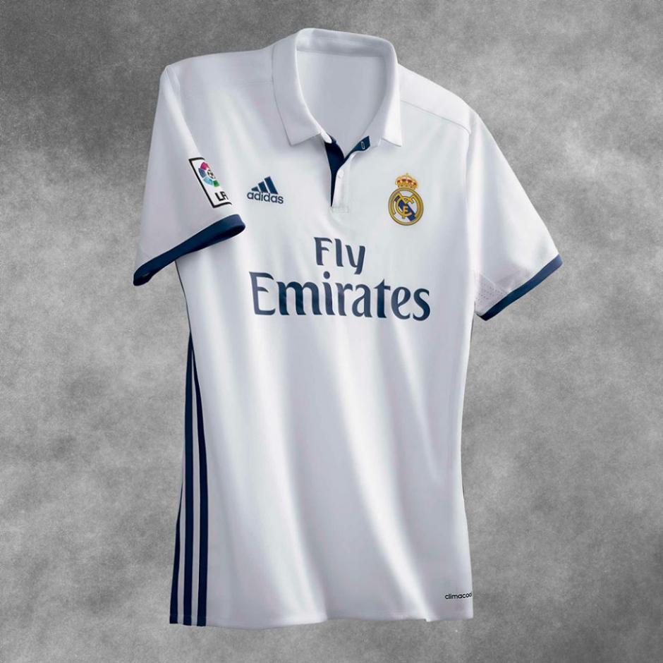 El clásico blanco seguirá vistiendo al club merengue. (Foto: Facebook/Real Madrid)
