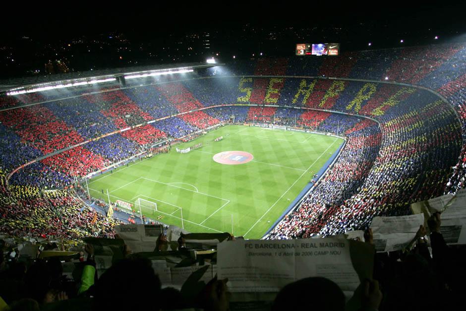 En el Camp Nou es donde los aficionados al Barcelona pueden cantar el himno de su equipo cada vez que los catalanes juegan de locales.