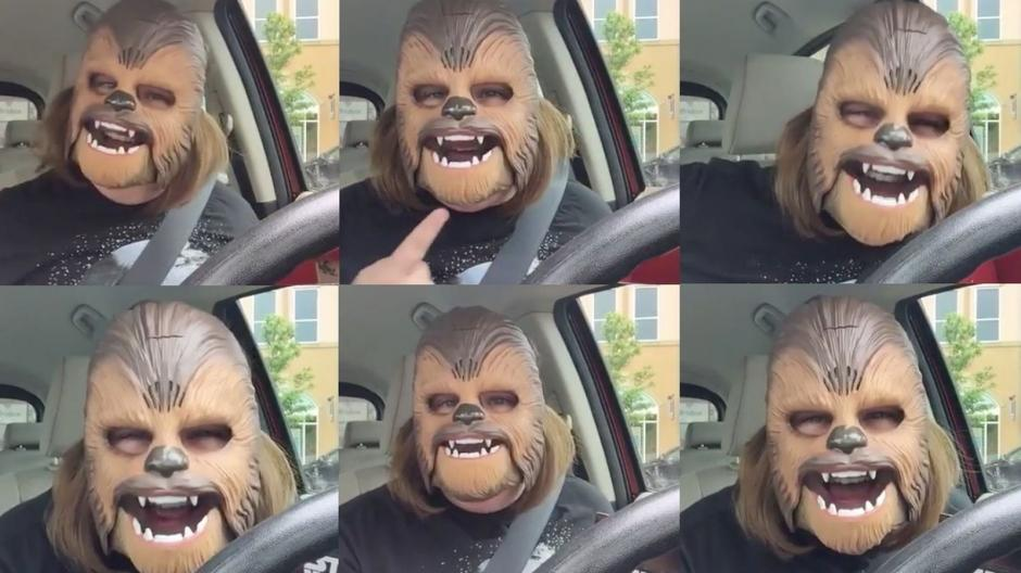 El divertido video de Candace Payne en Facebook. (Foto: Candace Payne/Facebook)